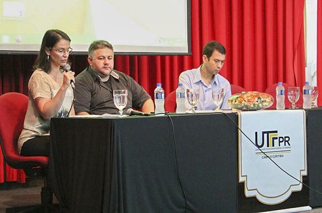Seminário sobre os laboratórios multiusuários da UTFPR (Foto: Decom)