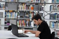 Cada programa de pós-graduação tem seu próprio edital de seleção (Foto: Decom)
