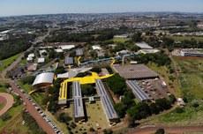 Fotos aéreas da Usina de Minigeração da UTFPR, Câmpus Pato Branco, e solenidade de inauguração